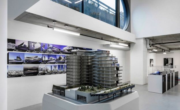 zaha-hadid-gallery-pop-up-design-architecture-new-york-city-usa_dezeen_2364_01